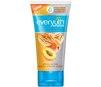 EVERYUTH NATURALS ULTRA MILD APRICOT SCRUB 60 GM 1