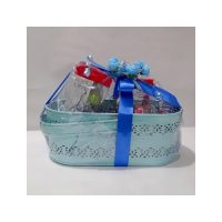 PIGEON GIFT HAMPER MEDIUM